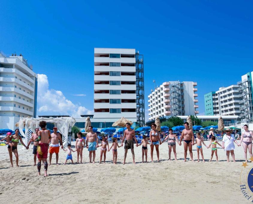 Balli Animazione in Spiaggia per Bambini Hotel Promenade Montesilvano Pescara