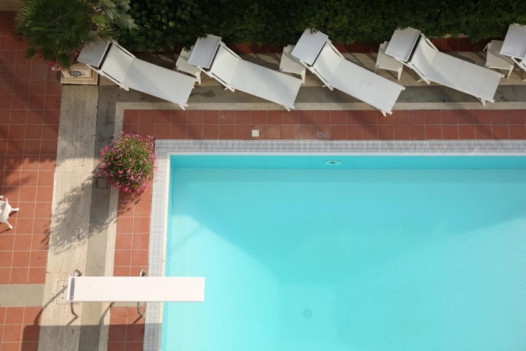 piscina esterna a montesilvano